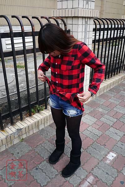 LULUS 法蘭絨長版格紋襯衫(紅黑)