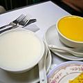 香港 澳洲牛奶公司 蛋白燉鮮奶、杏汁燉雞蛋