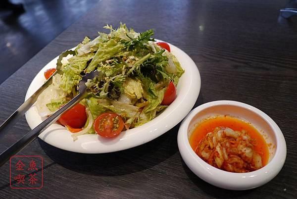 屋馬燒肉 屋馬主廚沙拉 韓式泡菜