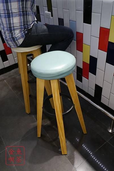 DACOZ 美式廚房 我覺得椅子很可愛