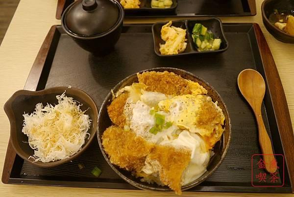 小林食堂 厚切豬排丼(腰內肉)
