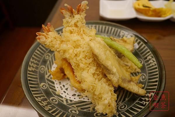 菘禾日式創意料理 兩大尾炸蝦