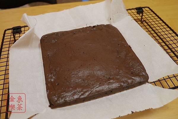 苦甜巧克力布朗尼 烤好了