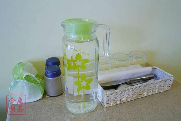 蒂娜生活廚房 桌面 茶水 餐具