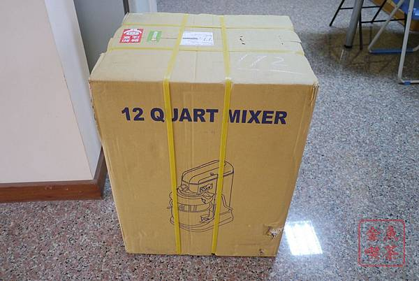 小林12L桌上型攪拌機 外箱