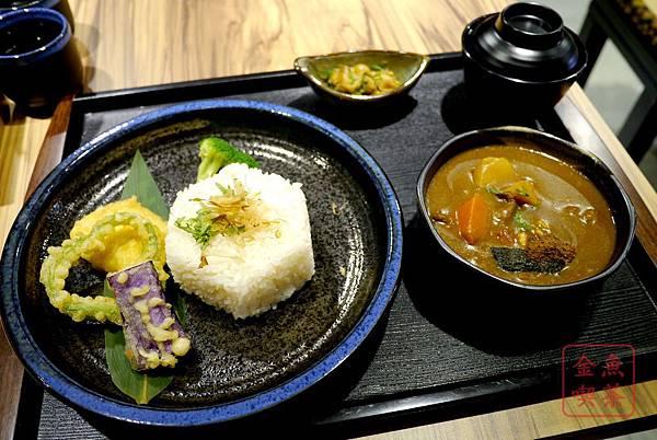 庵六花 京都濃咖哩專賣 濃燉牛腩咖哩原味