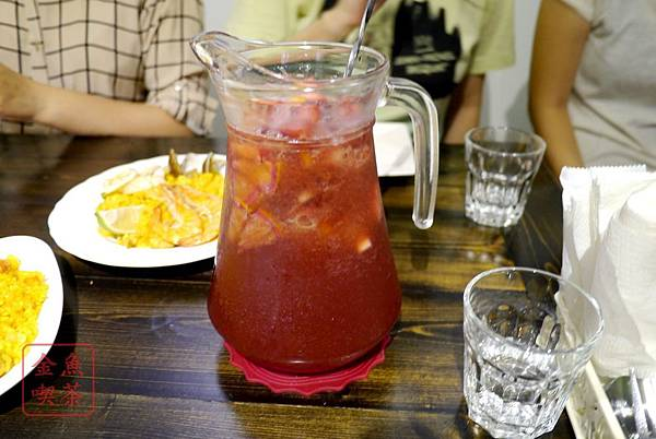 Cafe Hermosa 艾爾摩莎 西班牙水果調酒Sangria