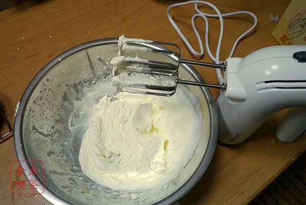 dr.goods 手持式電動食品混合器 拿來打鮮奶油