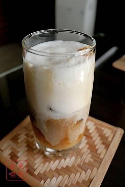 59玩咖咖啡坊 冰拿鐵