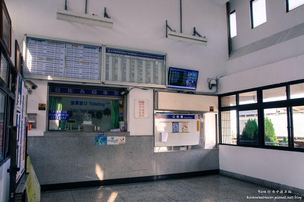 台中港車站 (2).jpg