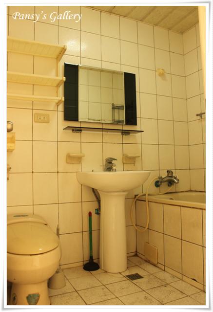 05_公廁-拆前.jpg