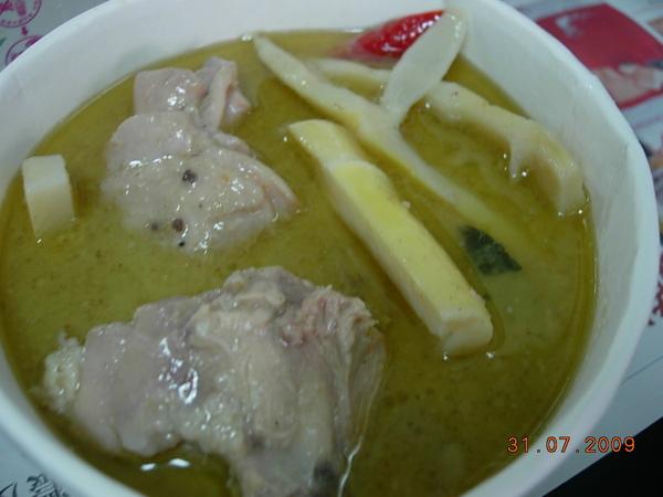 泰國小吃-酸辣魚湯.JPG