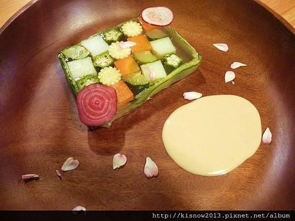 vita23-蔬菜格子趣.JPG