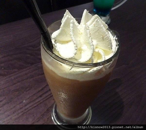 瓦法28-椰子奶茶.JPG