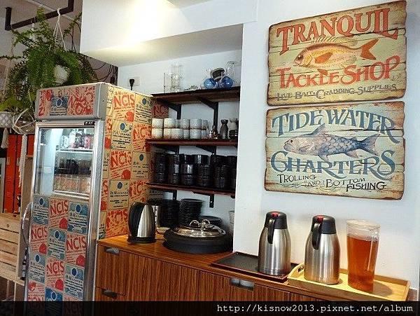 小德相12-茶水和冰箱.JPG