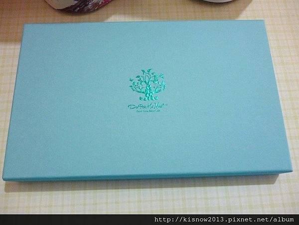 荳芮米4-藍色禮盒.JPG