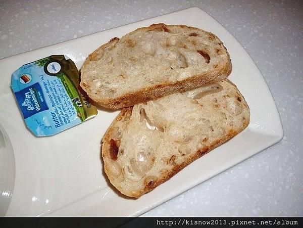 亞米37-雜糧麵包.JPG