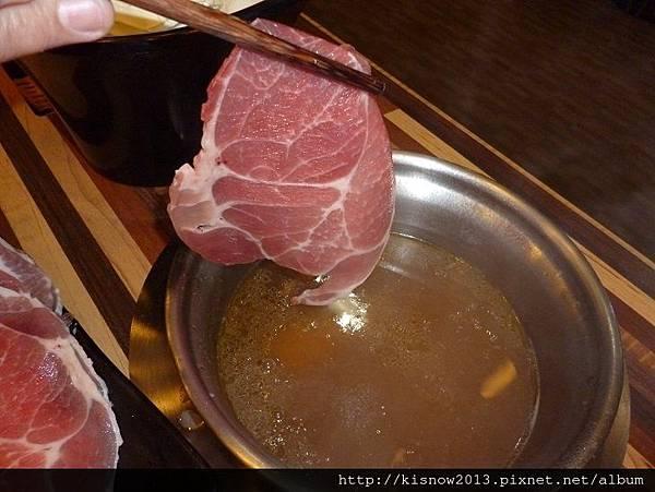 泰潮34-豬肉涮香茅鍋.JPG