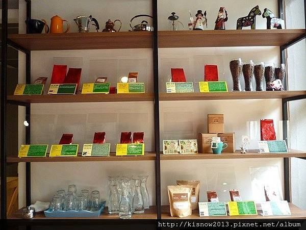 茶咖控6-室內架子.JPG