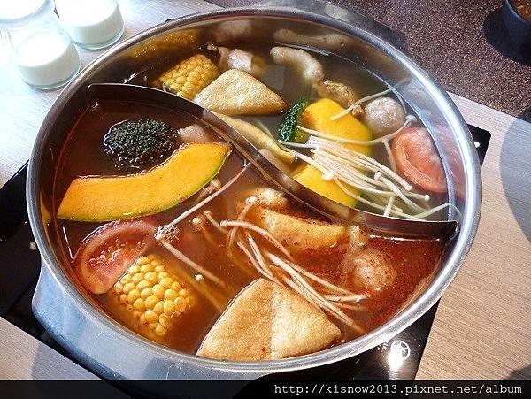覓精緻鍋物22-火鍋與綜合料.JPG
