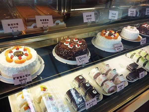 楓格9-生日蛋糕.JPG