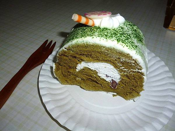 楓格19-抺茶蛋糕切片.JPG