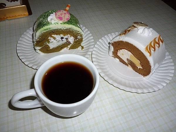 楓格28-蛋糕配咖啡.JPG