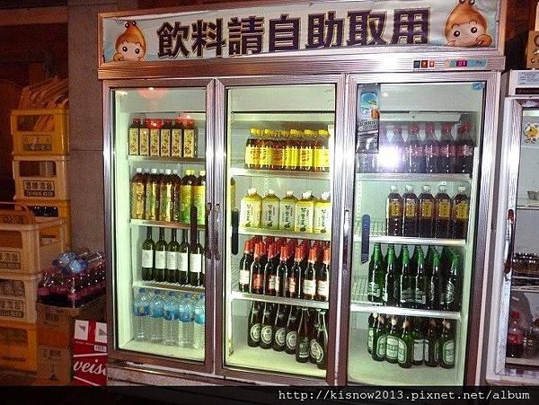 活蝦12-飲料櫃.JPG
