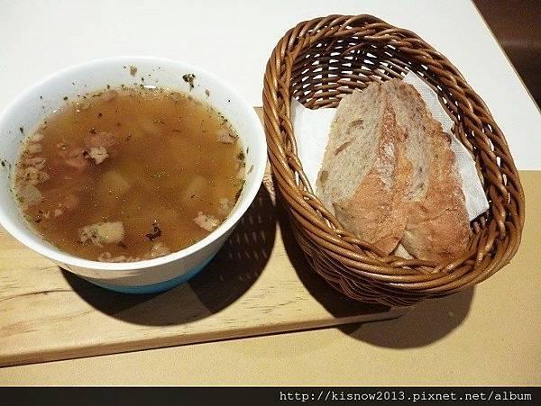 象園17-湯和麵包.JPG