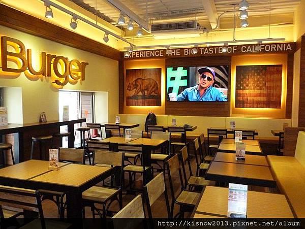漢堡5-室內.JPG
