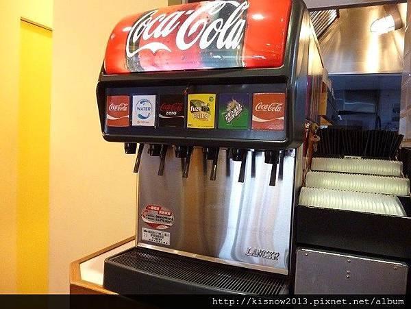 漢堡18-冷飲機.JPG
