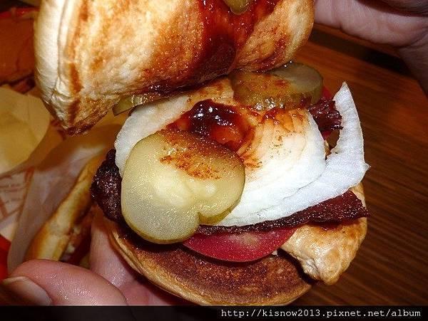 漢堡27-酸黃瓜.JPG