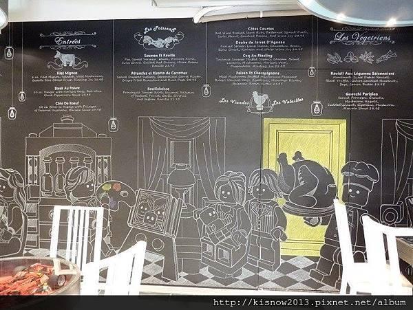 公主樂高40-壁畫.JPG