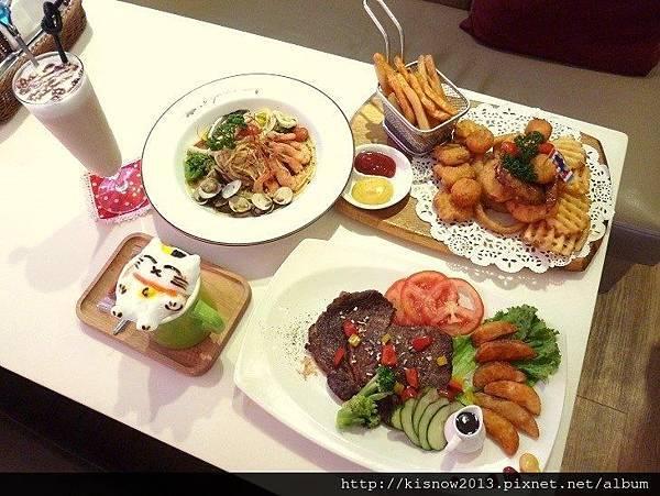 oyami72-全体餐點.JPG