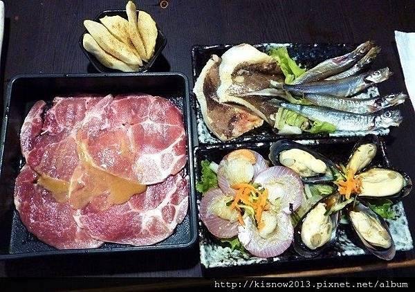 燒肉眾7-海鮮與松阪豬.JPG