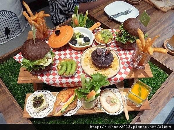 璐露野43-野餐小餐桌下午.JPG