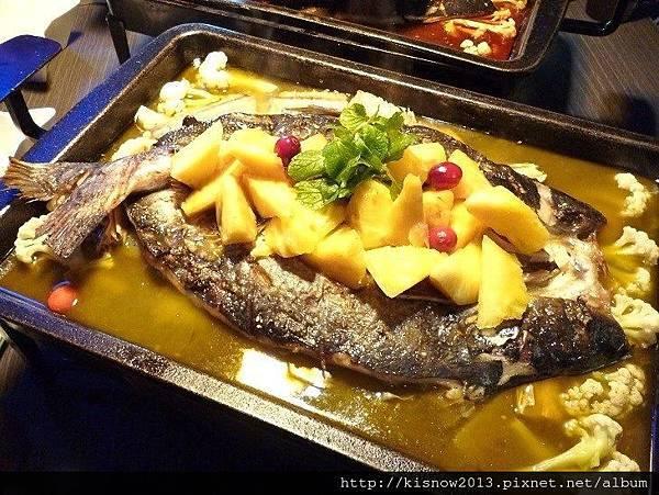 水貨29-菠蘿烤魚.JPG