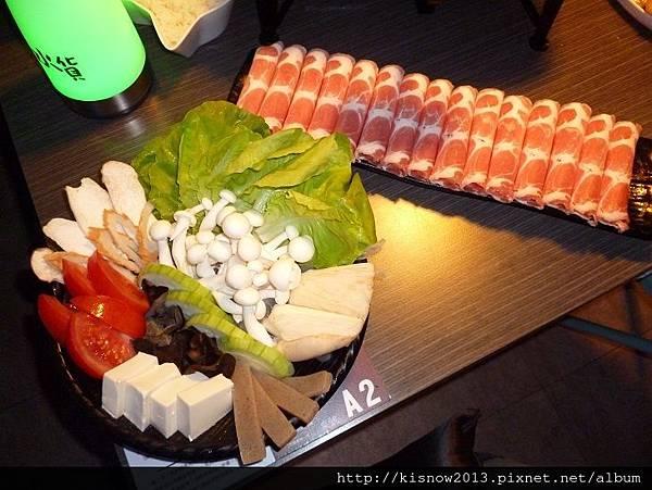 水貨41-豬肉和蔬菜盤.JPG
