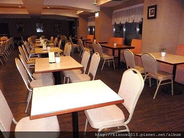 桔子22-餐廳座位區.JPG