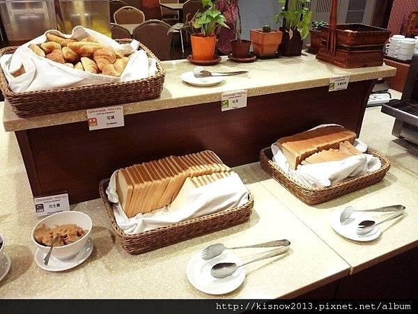 桔子33-早餐麵包.JPG
