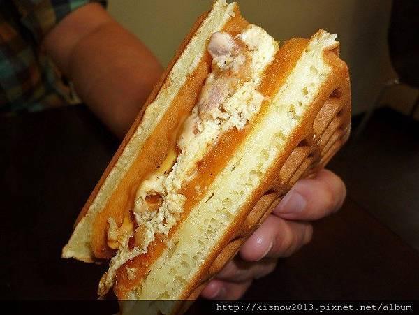 鬆餅22-板烤雞肉起司蛋.JPG