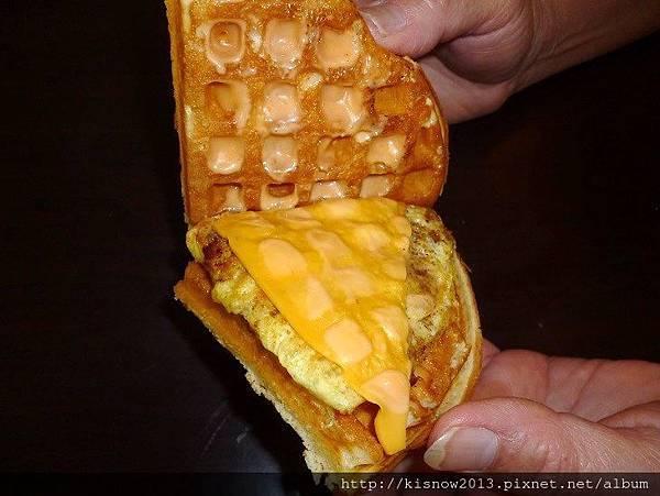 鬆餅25-板烤雞肉起司蛋.JPG