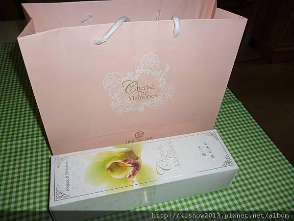 一之軒19-包裝袋與綠豆冰糕.JPG