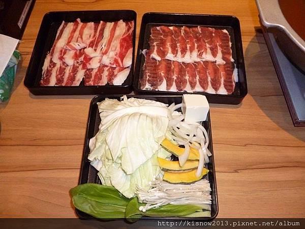 和食上都14-肉盤與菜盤.JPG