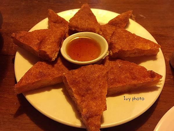 新泰城 月亮蝦餅