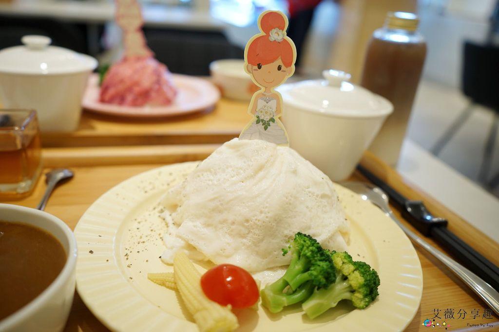 茉莉公主蛋包飯     台中北屯五目坊的隱藏版裙擺公主風蛋包飯,親子友善和家庭聚餐餐廳