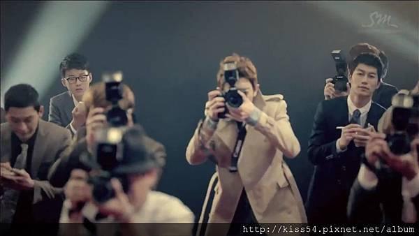 [DLKOO.com]TTS (TaeTiSeo) - Twinkle (HD 1080p).mp4_000043835