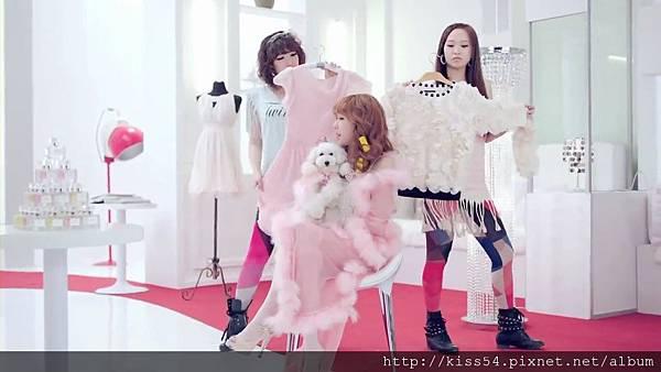 [DLKOO.com]TTS (TaeTiSeo) - Twinkle (HD 1080p).mp4_000085210