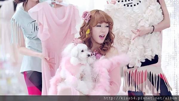 [DLKOO.com]TTS (TaeTiSeo) - Twinkle (HD 1080p).mp4_000086419