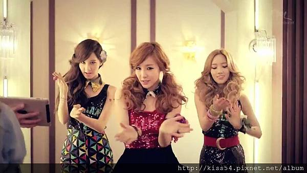 [DLKOO.com]TTS (TaeTiSeo) - Twinkle (HD 1080p).mp4_000120120